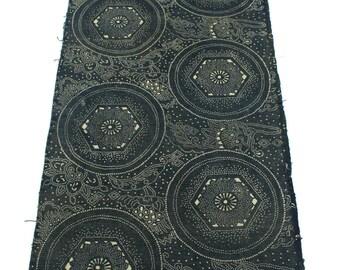 Antique Indigo. Hand Loomed Japanese Katazome Cotton. Aizome. Geometric Dot Stencil Design (Ref: 1527)