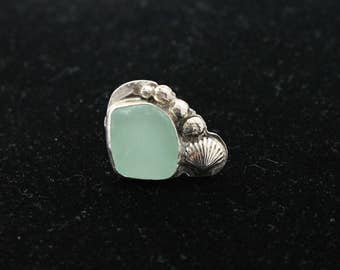 Sterling Silver Sea Glass Ring, Size 8.5, Beach Glass Ring, Sea Glass Ring, Beach Glass Jewelry, Sea Glass Jewelry, Statement Ring, Jewelry