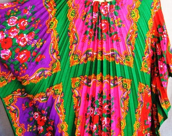 Vintage Caftan, Dress, Womens Clothing, Lounge Wear, Retro Fashion, Bright Colors, Hot Pink, Pleated, Floor Length, Gowns, Boho Chic, Hippie