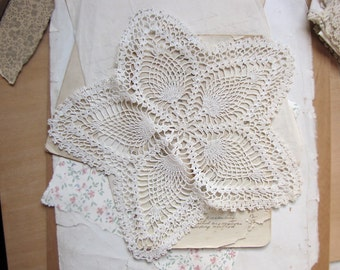 antique star doily - flower shaped white crochet lace doily - circa 1920s - vintage shabby cottage chic