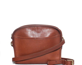 Vintage COACH Camel Brown Zip Top Leather Shoulder Bag