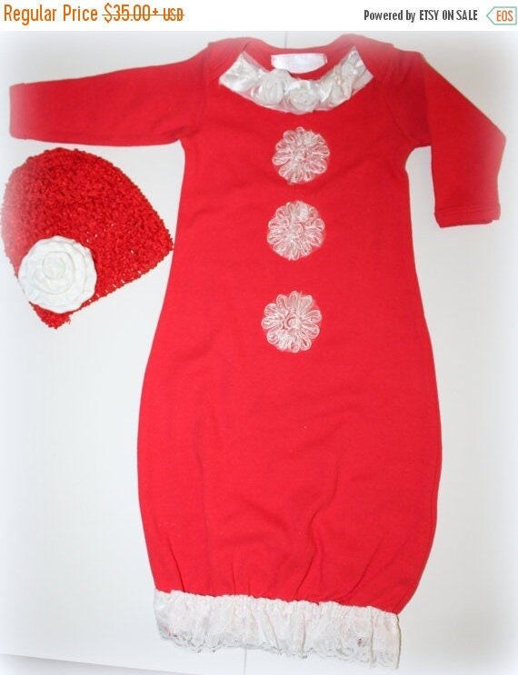 Baby Girl Santa Outfit/Newborn Baby Girl Outfit/Baby Mrs. Claus Outfit/Red and White Baby Outfit/Baby Christmas Gown/First Christmas Outfit