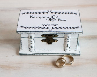 Wedding ring box White wedding box Personalized ring box Ring bearer box Engagement ring box Wedding ring holder Jewellry Box