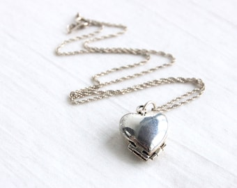 Sterling Silver Heart Locket 4 Photo Pendant Vintage Mexican Jewelry Lucky in Love Clover 18 Inch Chain Mothers Day Gift