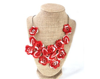 Crochet Necklace - Crochet Jewelry - Crochet Collar - Statement Necklace - Vegan Necklace - Crochet Jewelry - Bib Necklace - Necklace