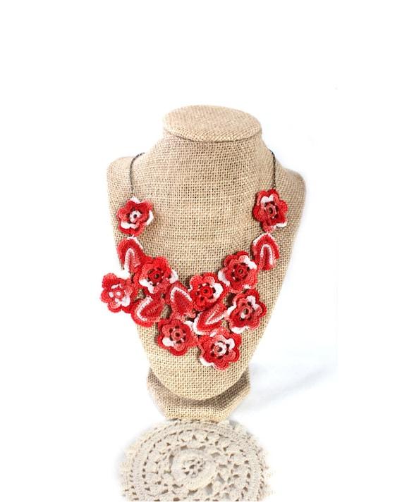 Crochet Necklace - Crochet Jewelry - Crochet Collar - Statement Necklace - Vegan Necklace - Crochet Jewelry - Bib Necklace - Necklace