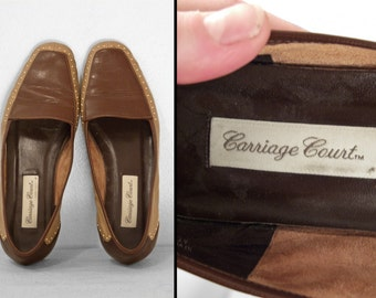 Carriage House LOAFERS Brown Leather Cafe au Lait Chocolate Size 7 Gold Studs