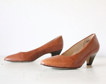 Vintage 80's Toffee Leather Heels Sz 7