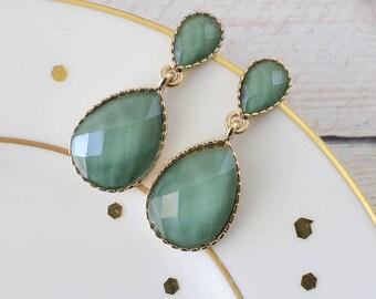 Olive Green Tear Drop Earrings, Bridal Green Earrings, Bridesmaid Earrings, Olive Green Earrings, Tear Drop Earrings
