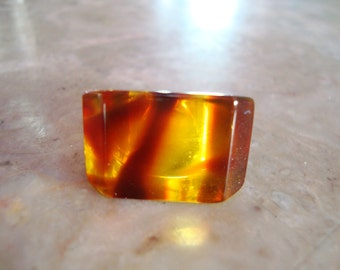 CLEAR ROOTBEER TORTOISE Shell Transparent Clear Marbled Swirl Yellow And Brown Geometric 1960s Vintage Lucite Ring Size 7