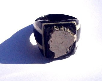 Vintage Bob Dodd bakelite celluloid folk art prison ring black and white cut out coin