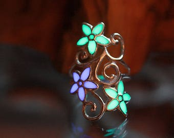 FLOWERS ring Sterling .925 GLOW in the DARK