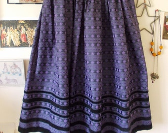 Vintage gothic Victorian style pleated dirndl skirt - Purple and Black - velvet trims