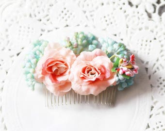 Rose Hair Comb - Woodland Wedding Bridal Hair Comb Flower Comb- Rustic Wedding Headpiece - Floral Hair Comb Bridal Hair Accessories