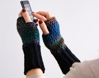 Fingerless gloves in dark multicolor and black, Dianthe, wrist warmers winter fashion