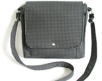 Large messenger bag- Black and grey hounds tooth cotton