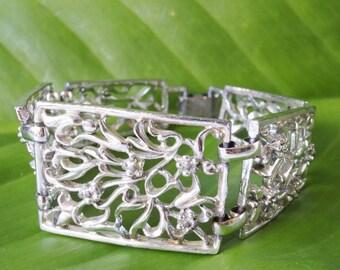 Vintage Floral Bracelet/ Chunky Bracelet/ Panel Bracelet/ Vintage Jewelry/ Vintage Bracelet/ Costume Jewelry/ 1960s Jewelry/ Bangle