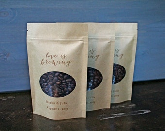 Personalized wedding favor bags, coffee or tea.  50 Kraft zipper top window bags for loose coffee or tea favors.  Love is Brewing.