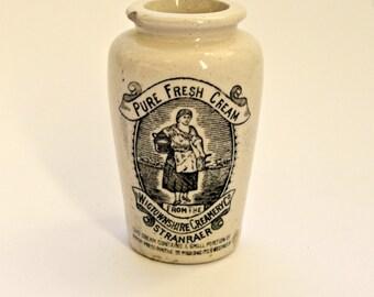 Antique Pure Cream Stoneware Pot
