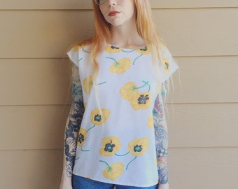 Vintage White Linen Oversized Blouse with Yellow Poppies Floral Print // Women's size Medium M