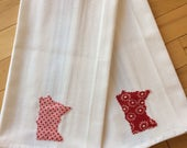 Minnesota Dish Towels ~ Set of 2 ~ White Cotton ~ William Sonoma ~ Green Check with Red & White Print MN Appliqués ~ Great for Valentines!