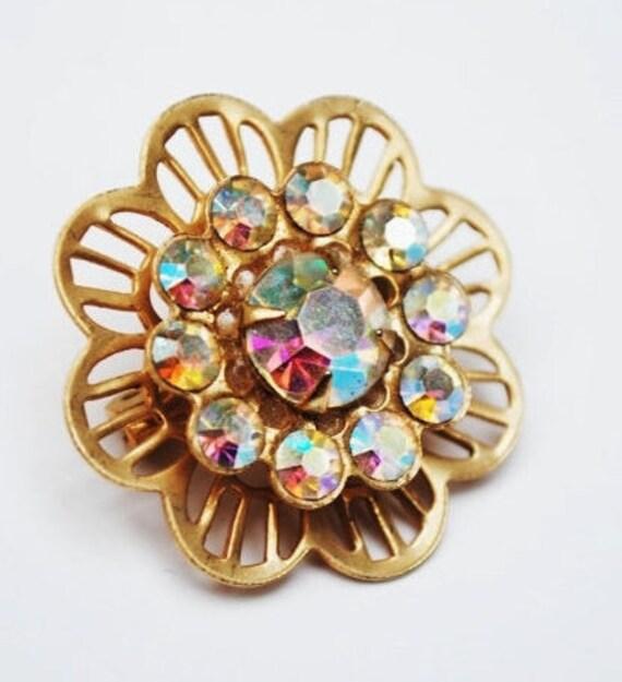 Rhinestone Flower  Brooch -  Aurora Borealis - Gold tone metal - Mid century Pin