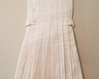 Vintage Girls White Pique Dress with Daisy details- Size 6x- New, never worn- Easter Dress