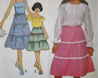 Girls Tiered Skirt Sewing Pattern /Simplicity 8503 /UNCUT/Factory Folded/Multiple Sizes