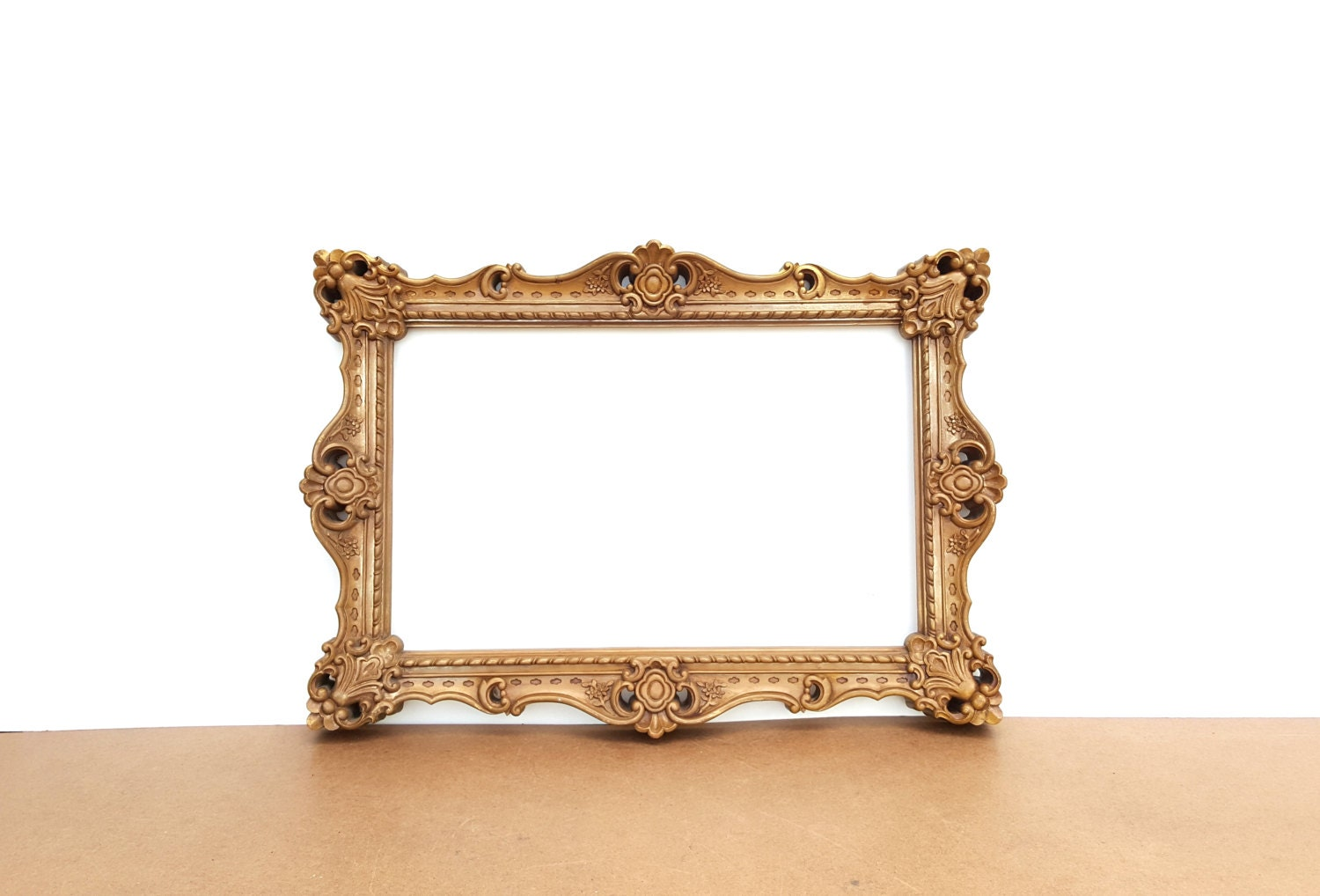 Large gold frame vintage ornate lightweight resin syrocco for Large a frame