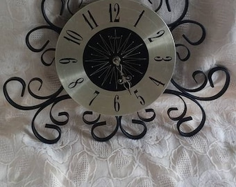 Vintage/Retro Wall Clock/Black/Wrought Iron/Brushed Gold/Kitchen Clock/Kitschy/Mid Century/Battery Operated