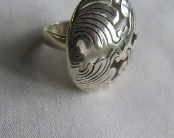 Stunning Sterling Silver Ring Button Ring Navoho Sterling Silver Southwestern Jewelry Sterling Silver Concho