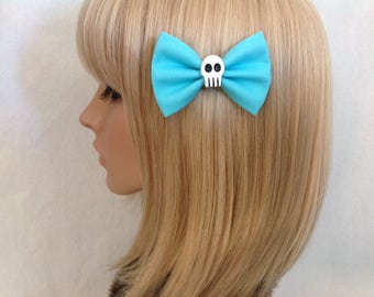 Blue small skull hair bow clip rockabilly psychobilly gothic Elmyra Duff Lolita rock punk pin up girl creepy skeleton ladies girls women