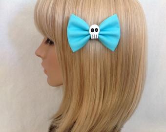 Blue small skull hair bow clip rockabilly psychobilly gothic Elmyra Duff Lolita rock punk pin up girl creepy skeleton ladies girls women
