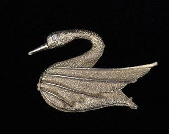 Vintage Gold Tone Swan Brooch by DFA (Tier 2)
