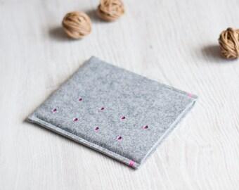 Kobo Mini, Kobo Glo (HD), Kobo Touch, Kobo Arc, Kobo Aura cover sleeve case, dotted light grey felt, handmade