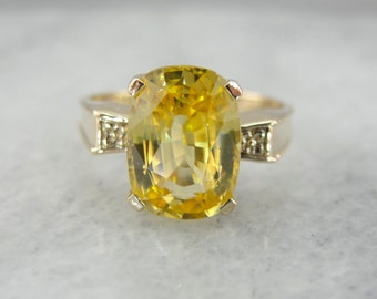 Stunning Golden Zircon Ring Crafted of Rose Gold MJ5YWD-P