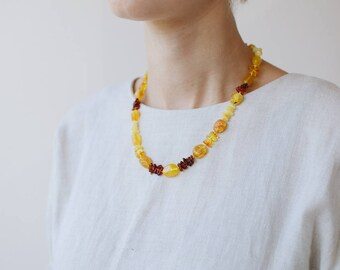 Butter amber necklace / Butterscotch amber necklace / Baltic amber necklace
