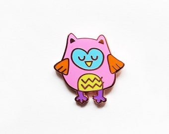 Sleepy owl hard enamel pin