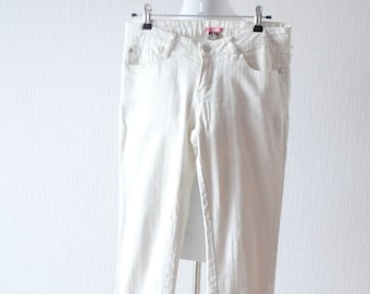 White and silver pants ~ Office pants ~ White fall pants ~ White winter pants ~ Shimmery pants ~ Silver thread