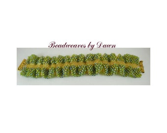 Green and Gold Bracelet, Peyote Bracelet, Beaded Bracelet, Seed Bead Bracelet, Cuff Bracelet, Beadwoven Bracelet, Beaded Cuff, Ladies Cuff