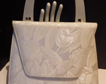 1980s Vintage J. Renee White Tulip Convertible Hand Bag Shoulder Pearlized Lucite Handle