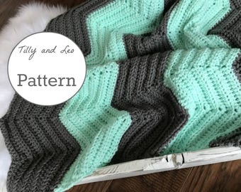 Crochet Chevron Pattern - Chevron Blanket - Baby Layering Blanket - Soft and Squishy Newborn Blanket - Beginners Pattern