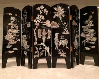 Miniature Oriental Screen - Oriental Decor - Black Lacquer - Mother of Pearl - Abalone