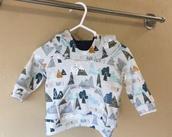 Raglan Hooded Sweatshirt - Organic Cotton - Size 0-3 Months - Spoonflower - Adventure Awaits - Hoodie