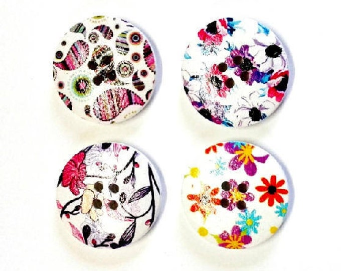 4 x 30mm Multicoloured 4 flower wooden buttons PACK 7