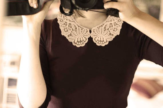 Peter Pan Vintage Lace Collar