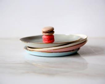 Ceramic plate,cake plate,dessert plate,small ceramic plate,modern plate,pottery plate,gold plate,ceramic dish,porcelain dinnerware