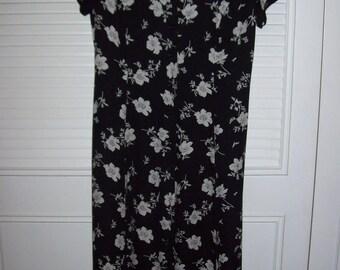 Dress 12, Ralph Lauren, Prairie Dress, Preppy Classic  Silk Maxi Dress, PERFECT ! Size 12 Black