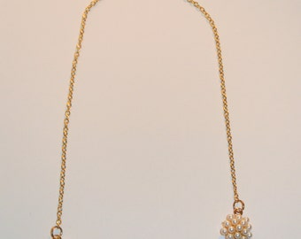 6 Gold and Pearl Round Pendnt Necklace