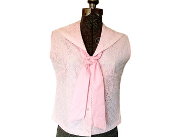 Vintage 1960s Jane Hunter Pink and White Lace Eyelet Sleeveless Sailor Top